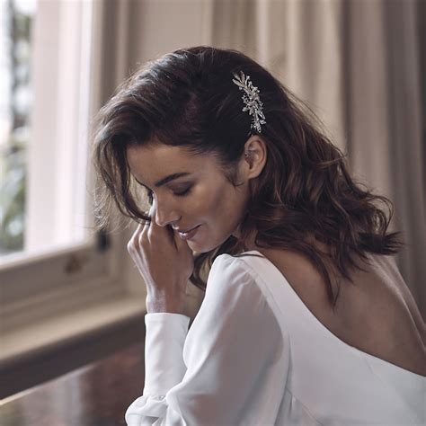 Wedding Hair Side by Swept Away 7 Delicate Wedding Hair Combs For Side Swept