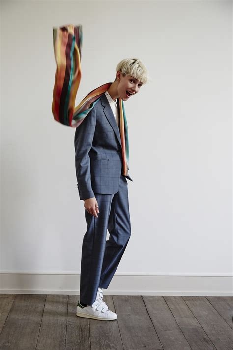 comment porter le tailleur pantalon paul smith nous