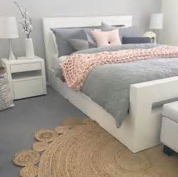 gray white and pink bedroom best 25 pink bedding ideas on pink comforter