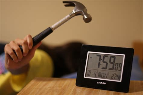 how hitting the snooze button affect your energy levels of trends