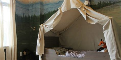 remodelaholic camping tent bed   kids woodland bedroom