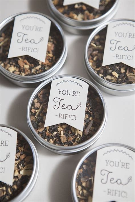 How To Make Wedding Giveaways - learn how to make these darling tea wedding favors