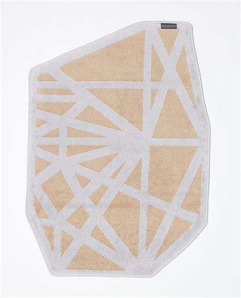 diamond bathtubs ninnho diamond bath mat designs to inspire