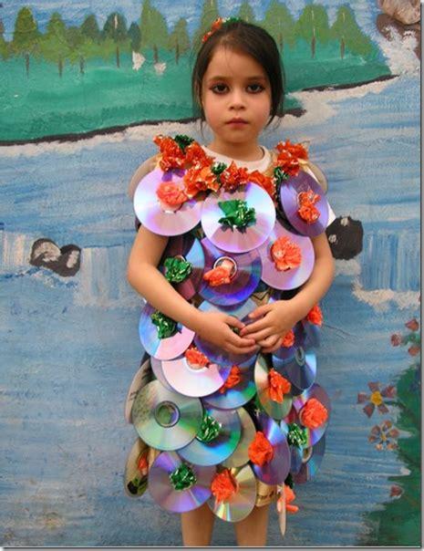 disfraces con materiales reciclados para ni os disfraces escolares con materiales reciclados
