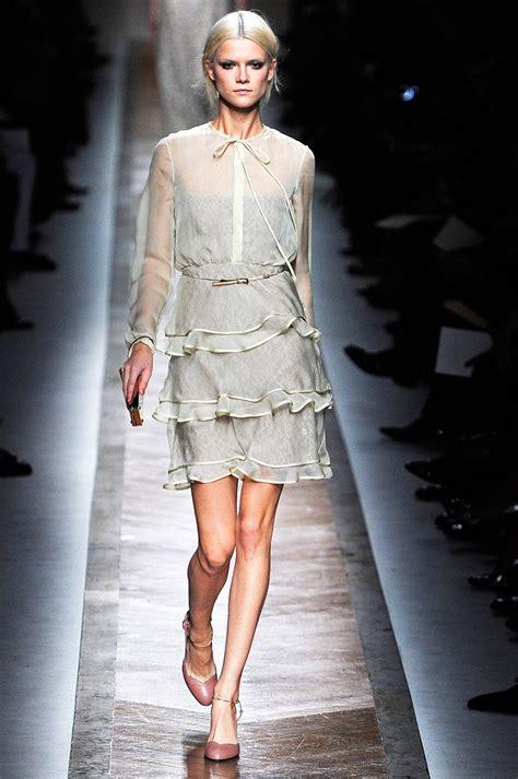 Valentino Phntom 2011 1 valentino 2011 runway vogue