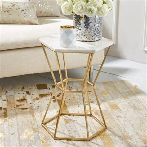 modern gold table l table basse en marbre 58 id 233 es pour donner du style au