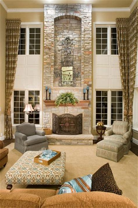 2 story curtains two story family room on pinterest painted wallpaper