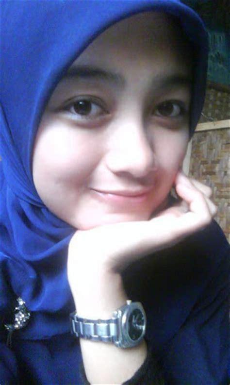 Dress Maxi Wanita Muslim Cantik Pita Chanel Busui foto berjilbab cewek muslim cantik cantik bandungone my style muslim