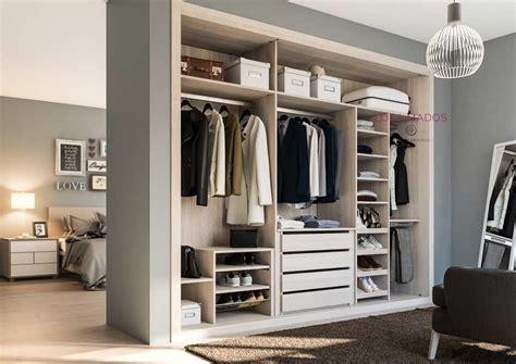 interiores armarios empotrados puertas correderas hacer interior de armarios empotrados a medida blancos