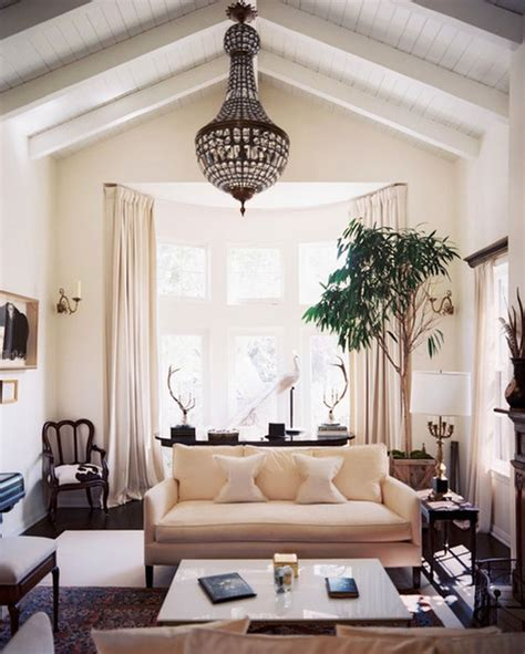 Vaulted Ceiling Curtain Ideas by 20 Spacey Cathedral Ceiling Living Room Designs