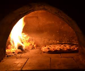Brick Oven Outdoor Fireplace - wood fired clay pizza oven build with pizza recipe