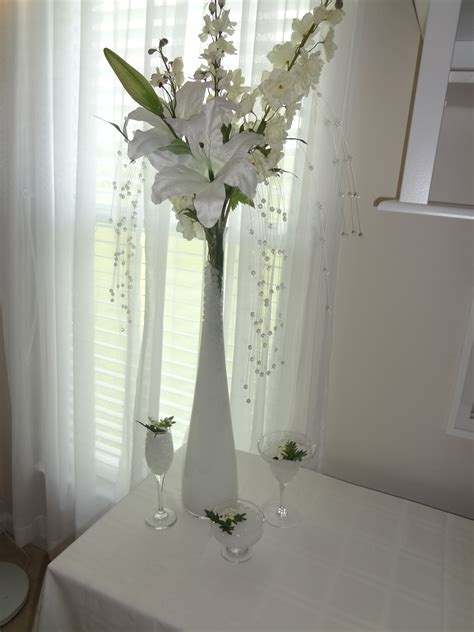 wedding centerpiece vase water design