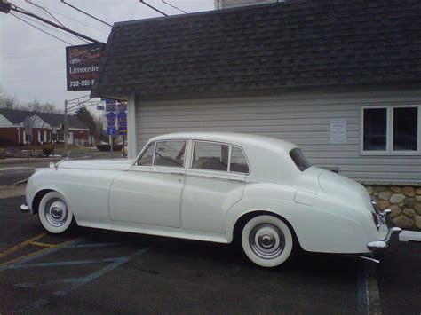 rolls royce limo rolls royce wedding limousine 1956 rolls royce limo