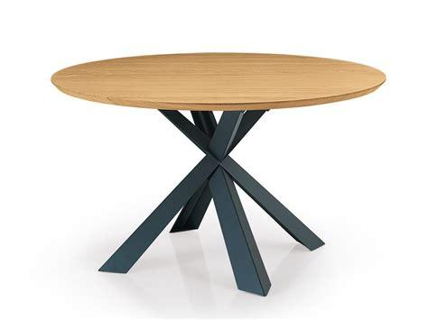 tavolo rotondo legno montana tavolo rotondo by oliver b