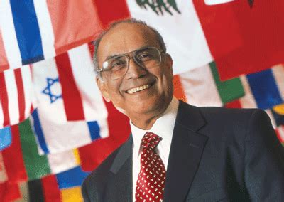 Temple Fox Executive Mba by Grandfather Of International Business Retires From Fox