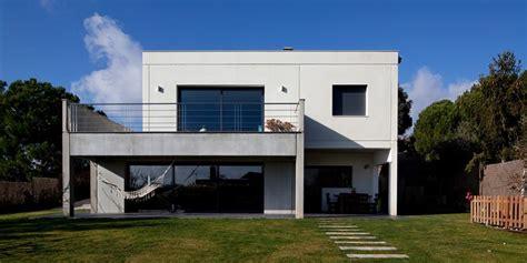 casa en igualada casa igualada 2 casas prefabricadas de hormig 243 n hormipresa