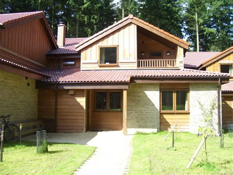 Centre Parcs Log Cabins by Center Parcs Longleat Forest Warminster Lodge