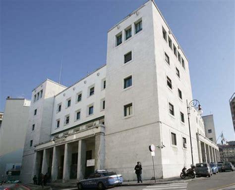 Ufficio Immigrazione Trieste by Polizia Di Stato Questure Sul Web Trieste