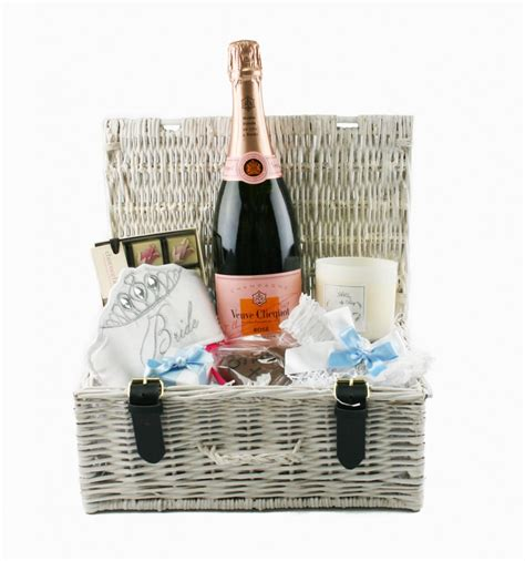 gifts uk beau brides weddings gift towers hers