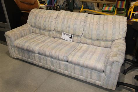 Goodwill Sofa Comfort Design Castleton Sofa Cl7055s Thesofa