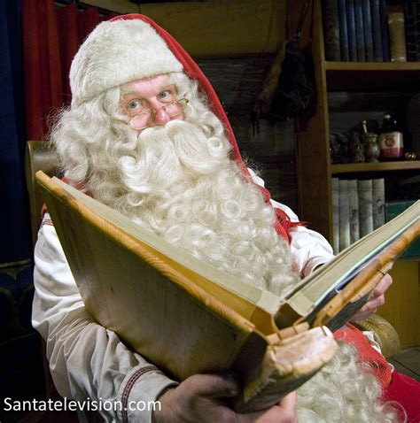 libro papa noel santa claus photo p 232 re no 235 l lit livre village du p 232 re no 235 l en laponie