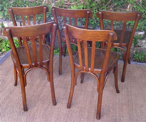 cinq belles chaises fischel anciennes portant 233 tiquette de