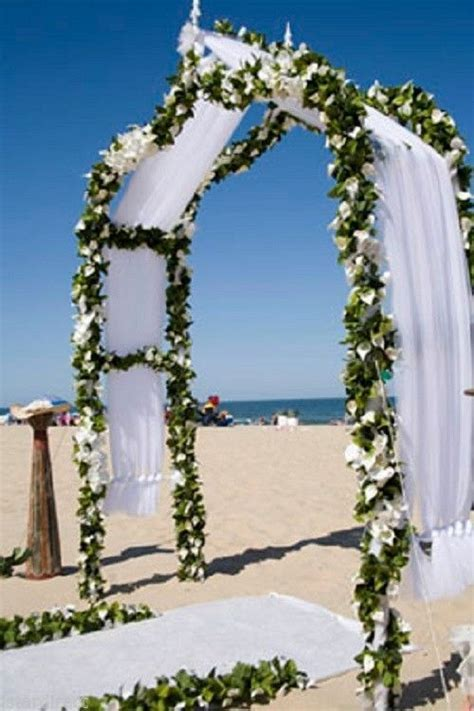 7.5FT WHITE METAL DECORATIVE ARCH for Garden Weddings or