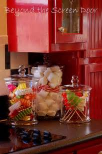 Christmas Decorating Ideas For Kitchen by The Heart Of The Holiday Decorating Your Kitchen For