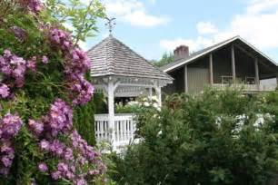 book green resort cottage grove oregon hotels