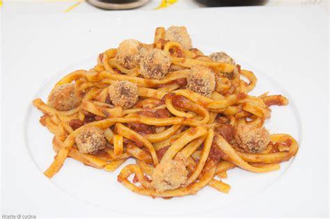 ricette di cucina abruzzese spaghetti alla chitarra con le polpette ricetta