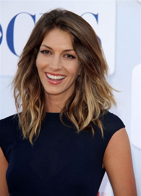 dawn olivieri haircut dawn olivieri joins cast of secrets and lies hollywood