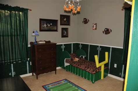 Football Room Decor by How To Create Football Themed Bedroom Interior Designing Ideas