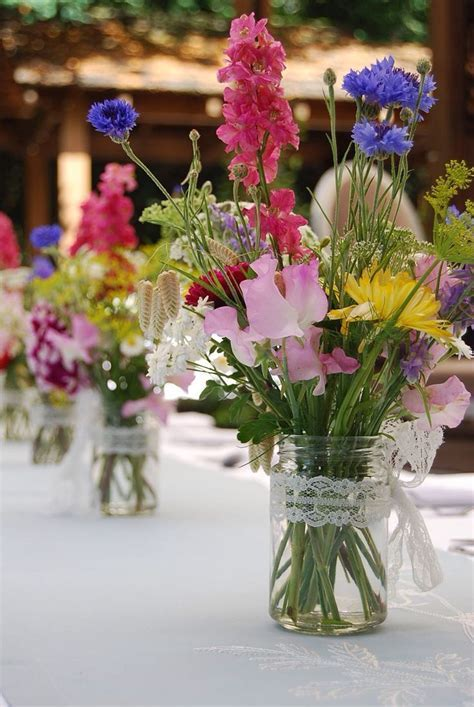Best 25  Wild flower arrangements ideas on Pinterest