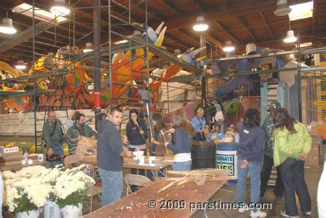 float decorations pasadena december 28 2009