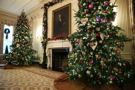 white house invites all to gather around a holiday