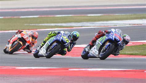 Motogp Motorrad Preis by Motogp 2015 Ergebnisse Und Wiederholung Der Rennen So