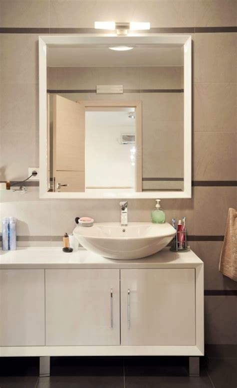 bathroom spots dark spots on the mirror in the bathroom and how to avoid