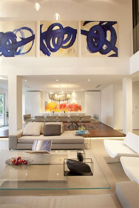 wall decor for high ceilings different ways to use beautiful and large art pieces
