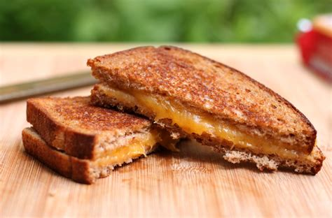 Cooking The Cover Gourmets Grilled Cheese by 2014 Grilled Cheese Food Truck Of The Year Contest