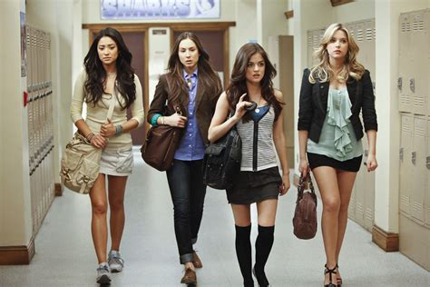 pretty liars see the characters style