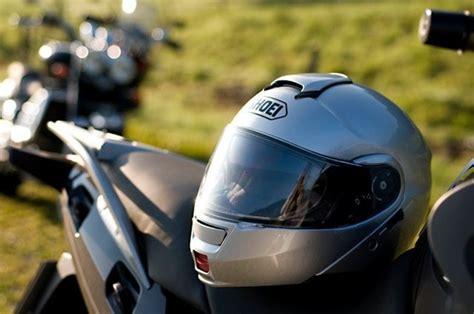 Roller Oder Motorrad Sicherer by Motorrad Bekleidungstipps F 252 R Moped Roller Und Motorr 228 Der