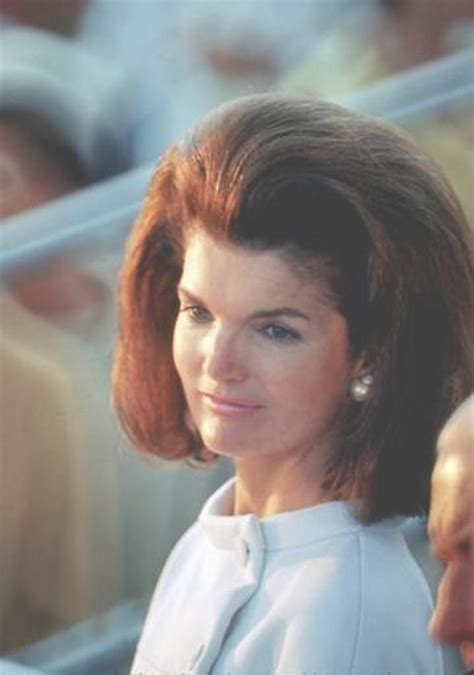 kennedy hairstyle http en wikipedia org wiki jacqueline kennedy onassis