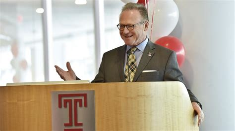 Fox Mba Lectures by Dean Moshe Porat On How Temple Keeps Its Mba