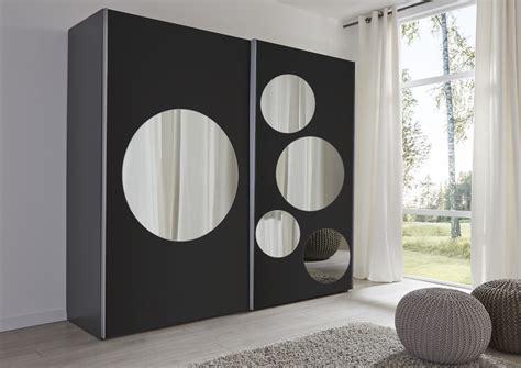 kleiderschrank schwarz spiegel schwebet 252 renschrank schwarz spiegel rundspiegel
