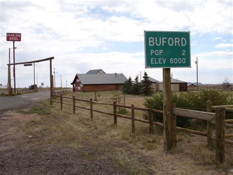 small towns in america with small populations file buford wyoming sign jpg wikipedia