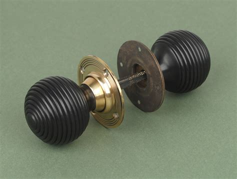 Brass Door Knobs With Backplate by Solid Beehive Door Knobs Brass Backplate