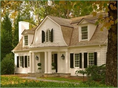 Small Vintage Homes Things We The Gambrel Roof Design Chic Design Chic