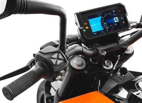 ktm duke 125 dekor kit 2017 125cc bike of the year ktm 125 duke mcn