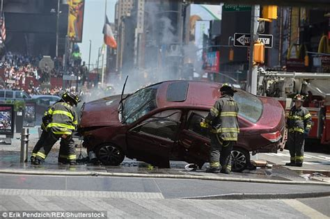 Times Square Hit And Run by 1 Dead 19 Injured After Car Hits Times Square Pedestrians