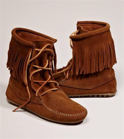 minnetonka moccasins boots minnetonka trer ankle hi boot from american eagle